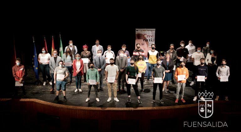 Más de 20 jóvenes de Fuensalida y comarca finalizan su formación en fabricación digital y realidad virtual.