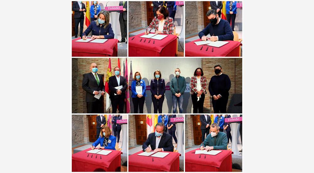 La Presidenta de la Cámara participa en el Pacto por el Desarrollo Económico y el Empleo por la ciudad de Toledo