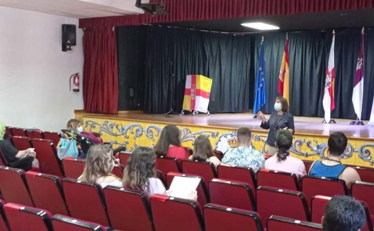 Cámara Toledo y Liberbank ofrecen un seminario sobre educación financiera en la comarca de Talavera de la Reina